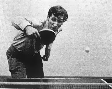 la agilidad de Fisher en PING PONG  de mesa Bobby_ping_pong-766867